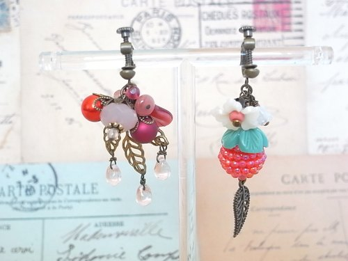 Pebbly berry bead earrings, such as strawberries