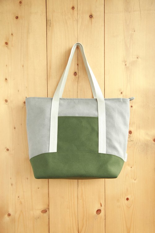【Early spring shoulder bag】 washed canvas gray green