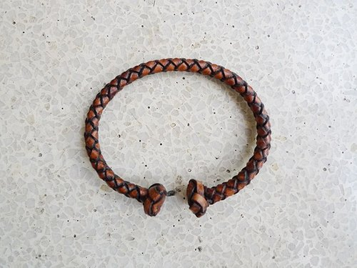 Coffee brush color leather braided bracelet