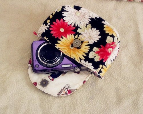 Compact camera bag - flower series