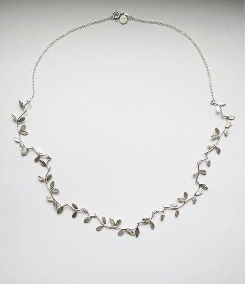 Small branches roll up into a circle (925 sterling silver necklace) - C percent handmade jewelry
