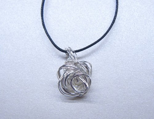 Metal-Handmade Spiral Flowers Necklace – Silver