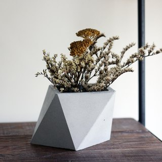 Cement/Concrete Geometric Triangulated Planter