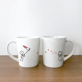 KISS CATCHER Couple Coffee Mugs by HUMAN TOUCH Set/2