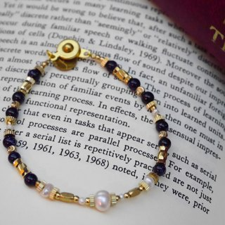 ❡ pearl bracelet with blue gravel brass
