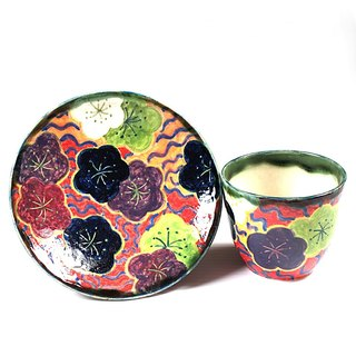 Free cup set of chrysanthemum and running water A pattern