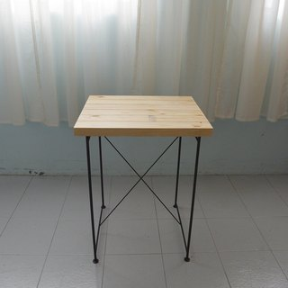 Industrial style pine thin iron square table