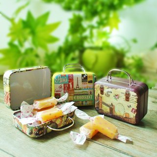 Girlfriends suitcase milk candy gift box / a set of 3 suitcases / with Taiwan special commemorative stamps