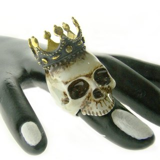 Realistic Skull  and crown ring in brass with painting enamel ,Rocker jewelry ,Skull jewelry,Biker jewelry