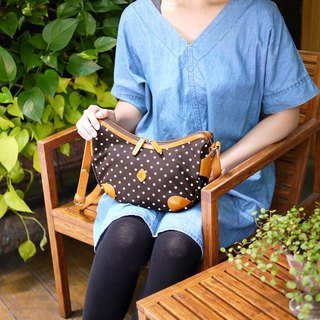 [Print products Limited Offer] Japanese sweet little canvas shoulder bag remaining brown Made in Japan by CLEDRAN
