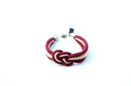 Sailor knot hand with a small version of the original design lovers by Captain Ryan - Sailor's Knot Bracelet - Valentine Edition by Captain Ryan