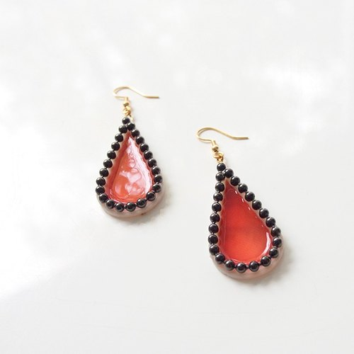 Big Drop Pierces -red×black-