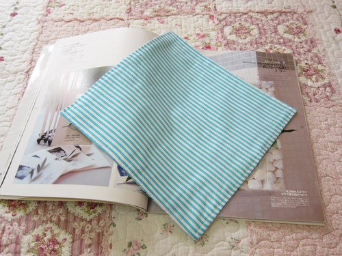 Cotton gauze handkerchief blue line car