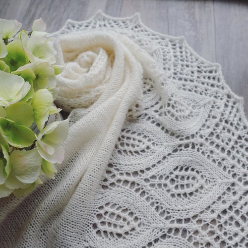 Calla mohair wool lace shawl / Scarf / hand-woven