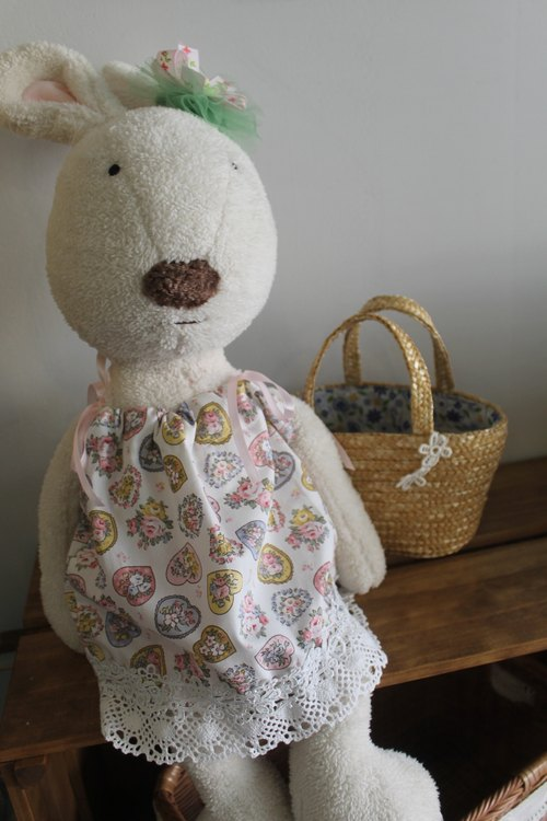 Oleta hand for groceries ╭ * [love] France wreath dress * Sugar Rabbit Rabbit Rabbit exclusive large single district