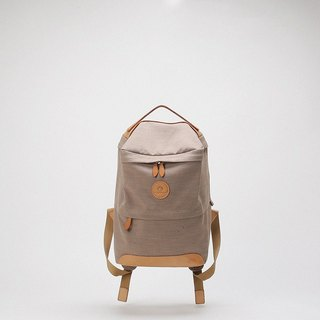 FOSTYLE Bodhi said pure hand-made Italian import vegetable tanned leather water-proof square box backpack two color into 11 inch khaki