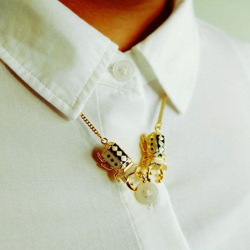 Glorikami Twin White Stag Beetle Necklace