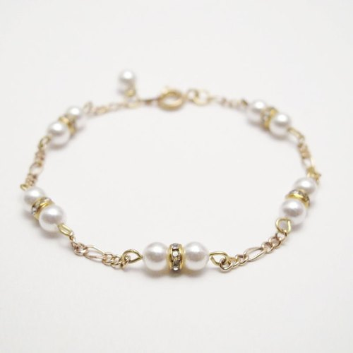 [Orange] MUCHU Mu Miss Pearl. Shell pearl bracelet PB037