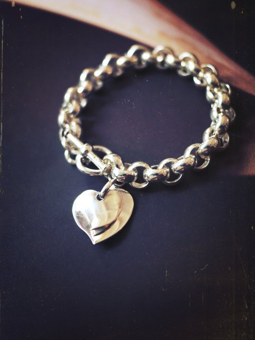 MUFFëL 925 Silver Silver Series - Crossing Circle with Heart Bracelet