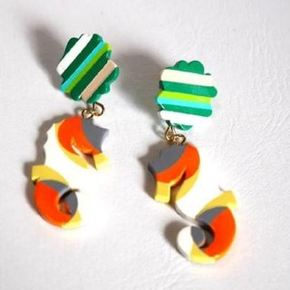 Marimo and seahorse earrings