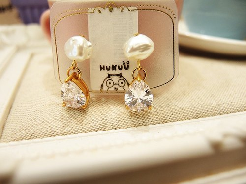 § HUKUROU § cloud pearl zircon earrings (water droplets / square)