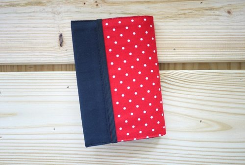 Minnie Passport Case
