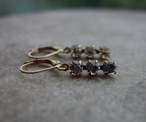 Transparent Swarovski antique long earrings