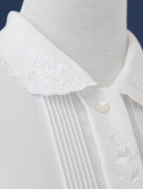 [RE0820T1267] Japanese forest department flower embroidery elegant white vintage blouse