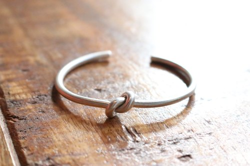 < ☞ HAND IN HAND ☜ > -Big day sterling silver bracelet (0668)