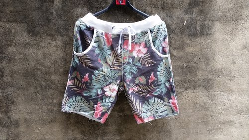 A MIN Hawaiian flower retro catch shall tying shorts