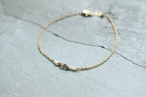 < ☞ HAND IN HAND ☜ > Crystal - twenty-two Brass bracelet (0319)