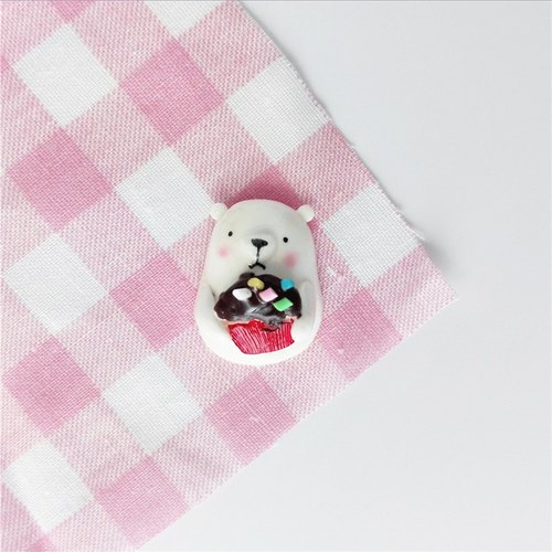 Cupcakes chestnuts Baby Bear Hand made brooch