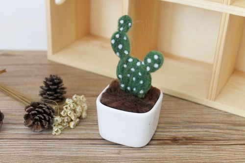 """Small potted cactus round fan"" Bobo Quer warm shop handmade wool felt little pot!"
