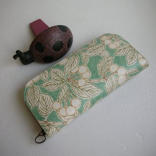 Hand-painted emerald cherry tarpaulin - long clip / wallet / purse / gift
