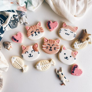Icing sugar cookies • Cats long live pure hand-drawn creative design biscuit group box**Please contact us before ordering schedule**