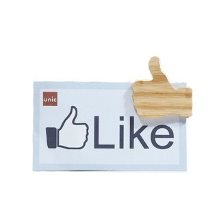 Unic natural log modeling magnet (FB like) + boutique gift card