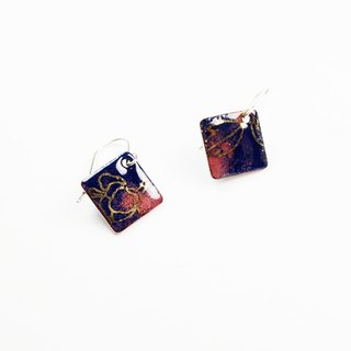 Chinese style gold earrings enamel pattern (blue)