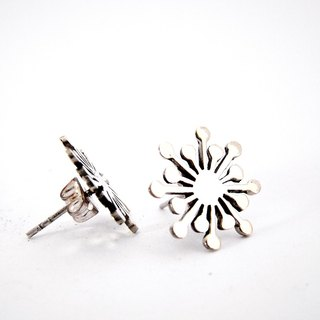 Firework studs earrings in white bronze handmade by hand sawing