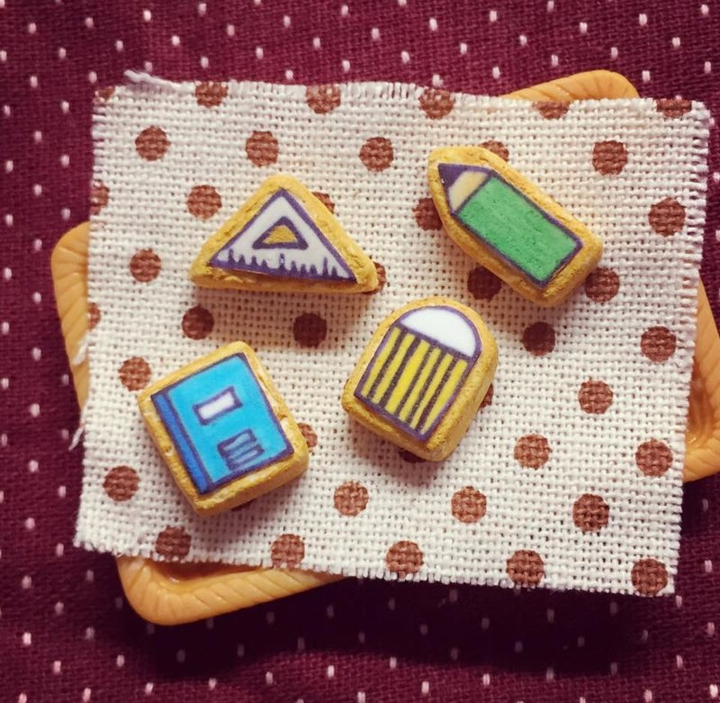 New listing ~~ ~~ mini stationery four treasures icing biscuit earrings set (a set of 4) (which can be changed ear clip-on) ((over 600 were sent mysterious little gift))