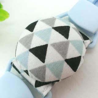 Temperament triangle geometry - 3 colors are optional. Handkerchief clip