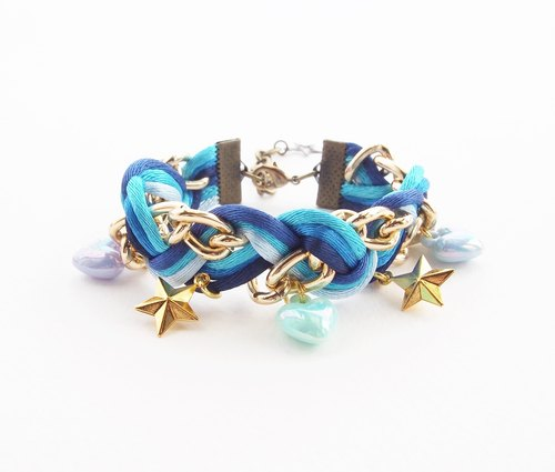 ♥ ELBRAZA ♥ Blue braided bracelet with heart and star cham.