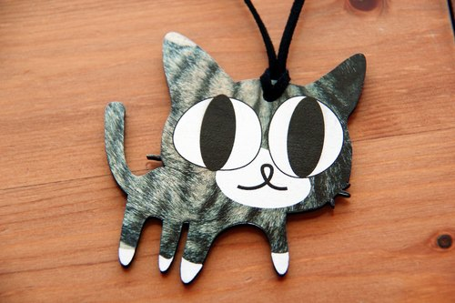 Adorable ♥♥♥ wooden hand as long necklace → tabby cat White Sox