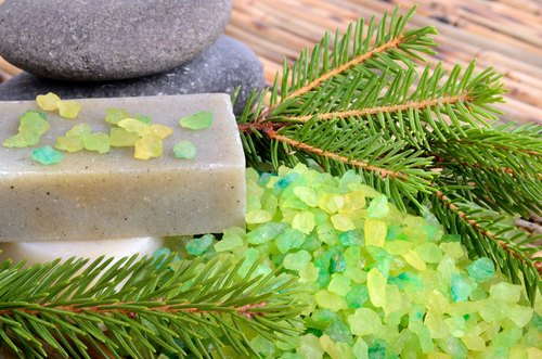 Yongkang eighth. Cedar Huan Rong soap / natural essential oils. Suitable for light oily, acne prone skin