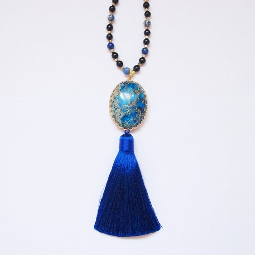 [Orange] MUCHU Mu crossing. Emperor tassel necklace agate stone lapis lazuli