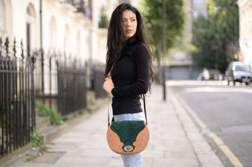 Lola hand side velvet leather shoulder bag green