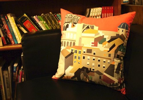 [Good to travel. Good to rest] suede pillow cover ◆ ◇ ◆ Valencia. Spain ◆ ◇ ◆ (excluding pillow)
