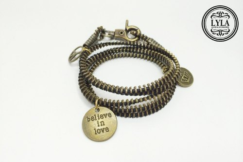 Zipper braided rope around money - bronze Charm