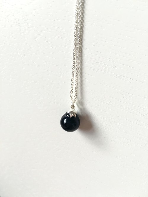 *Haku‧Neko*star light black glass necklace