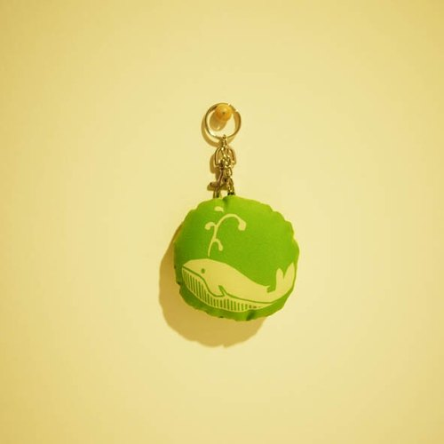 Keychain Green Forest Zoo -no.3- ◆ ◇ ◆ big tail whale (green grass) ◆ ◇ ◆