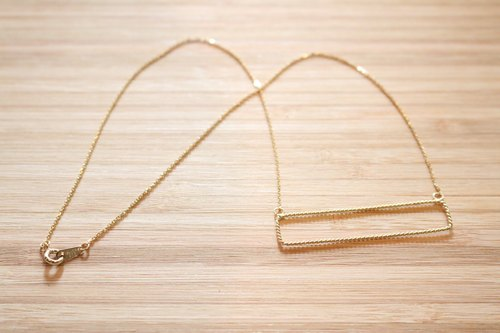 < ☞ HAND IN HAND ☜ > Silver - rectangular surface gold-plated sterling silver necklace (0550)